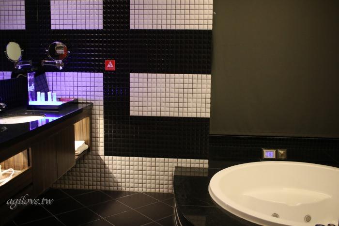 水雲端旗艦概念旅館-房間浴室拍攝