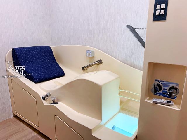 艾姬體驗名杏診所的大腸水療機